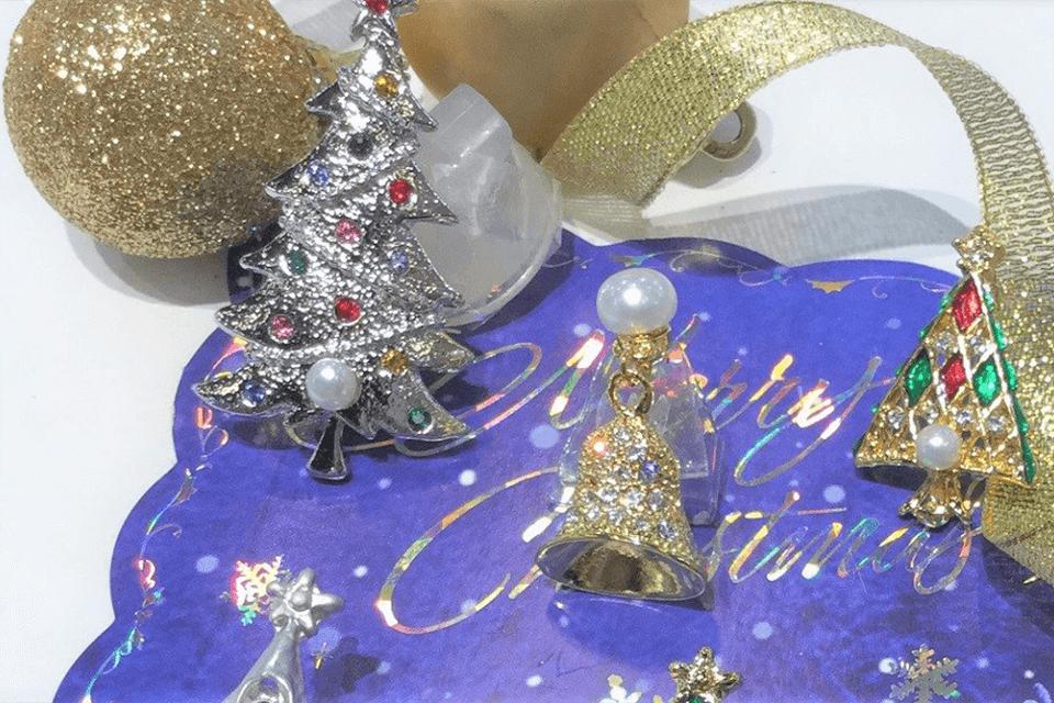 クリスマス ブローチをプレゼント!
