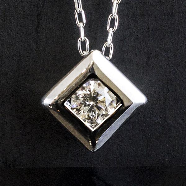 ダイヤモンド デザイン ネックレス
