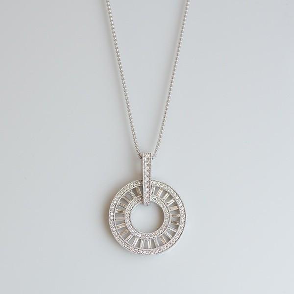 K18ホワイトゴールド ダイヤモンドネックレス