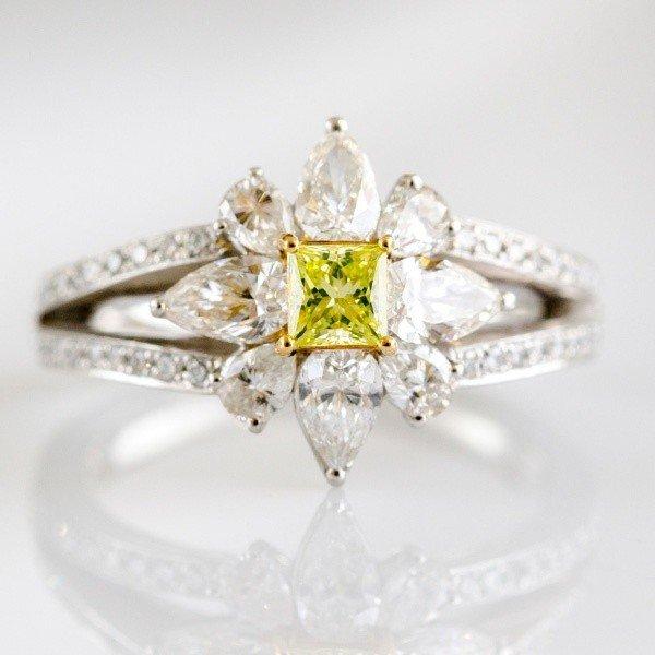 超豪華!大輪の花をイメージした特別なリング